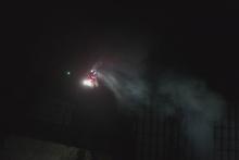dron badający jakość dymu