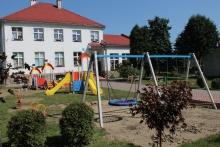 Nowy plac zabaw przy Przedszkolu Samorządowym nr 1 w Dobczycach