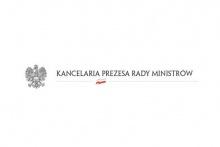 czarny orzeł na białym tle i napis: Kancelaria Prezesa Rady Ministrów
