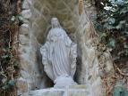 """nowa figura Matki Bożej w grocie lipy """"Marysieńka"""""""