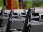 wnętrze busa - fotele