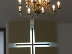 Kaplica z nowym żyrandolem