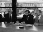 podpisanie umowy partnerskiej w 1994 roku w Versmold