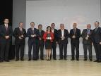 """Honorowa Odznaka """"Krzyż Małopolski """" dla Burmistrza Marcina Pawlaka"""