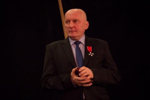 Burmistrz Marcin Pawlak odznaczony Krzyżem Kawalerskim Orderu Odrodzenia Polski
